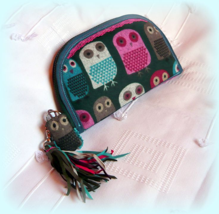 Handmade by Judy Majoros -Owl-knited fringe wallet-clutch with multicolour leather fringe. Recycled wallet-bag.