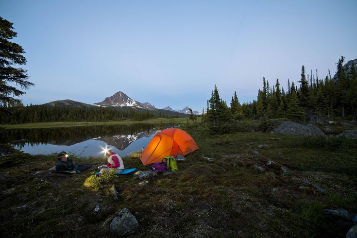 Park yourself at one of Canada's 25 best campsites for the perfect summer escape. The ultimate Canadian Campsite guide!