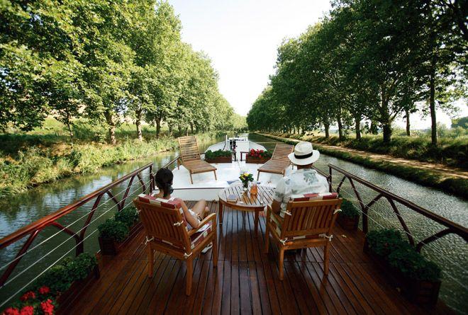 フランスの美しい風景と船上の時間をゆったりと楽しむリバークルーズ。
