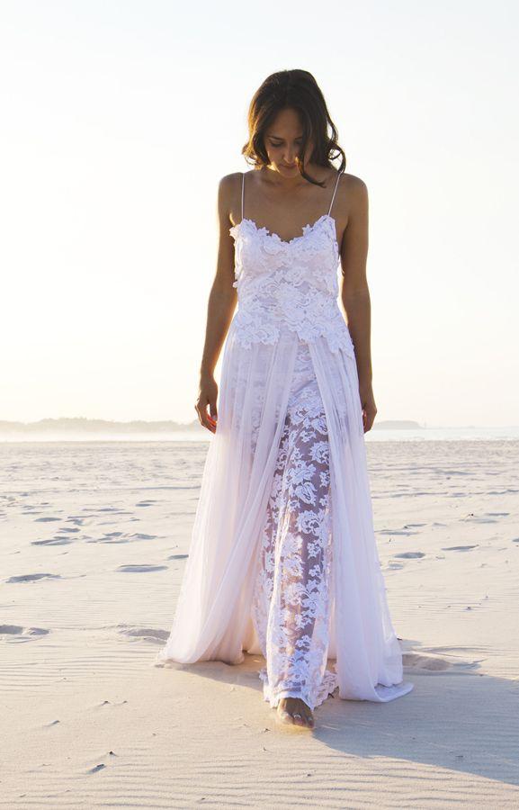 freaking love this! Lace bohemian wedding dress Grace loves lace www.graceloveslace.com