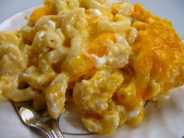 EASY Baked Macaroni & Cheese-will replace the cottage cheese with cream cheese.