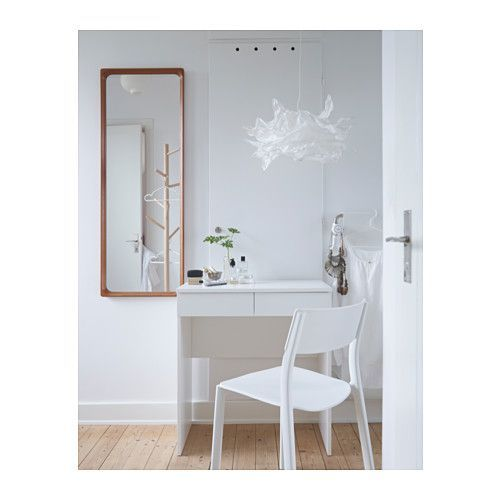BRIMNES Dressing table IKEA Built-in mirror with hidden storage space that helps you organize your jewelry and make-up.