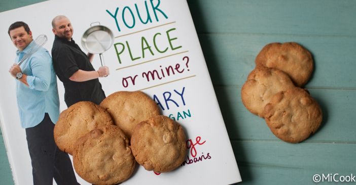 Peanut and white chocolate chip cookies - MiCook