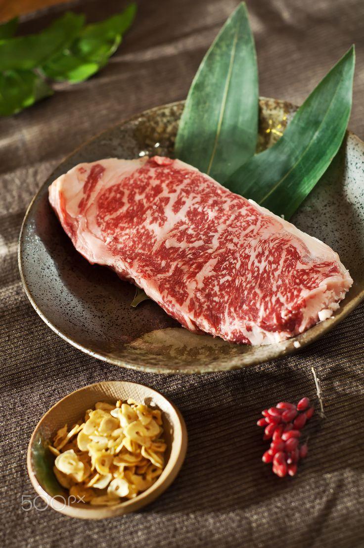 Raw fresh marbled meat Black Angus Steak. Japanese Kobe beef - Raw | repinned by @hosenschnecke♡