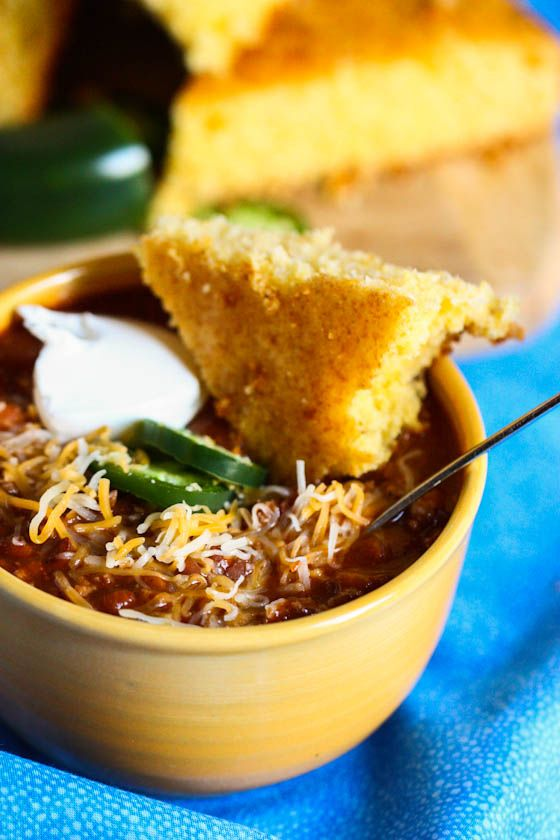 Hearty Beef and Bean Chili from @Jenna Nelson (Eat, Live, Run) #recipe