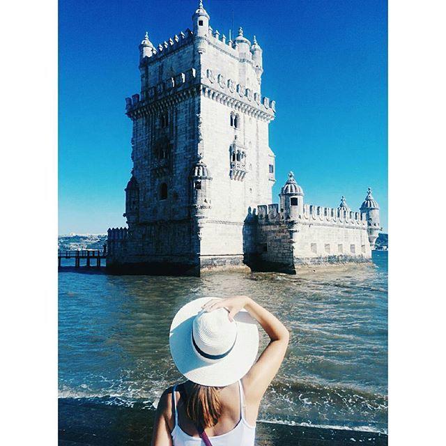 Portugal 2016  #torredebelem #portugal #portugal_de_sonho #portugal_em_fotos #lisbon #lisboa #lisbonlovers #igers_lisboa #girl #hair #hat #sun #summer #vscogram #vscocam #instadaily #instatravel #travelwithme #travelgram #travelgirl #exploring #sea #girlmeetsworld #darling #happy #turismo