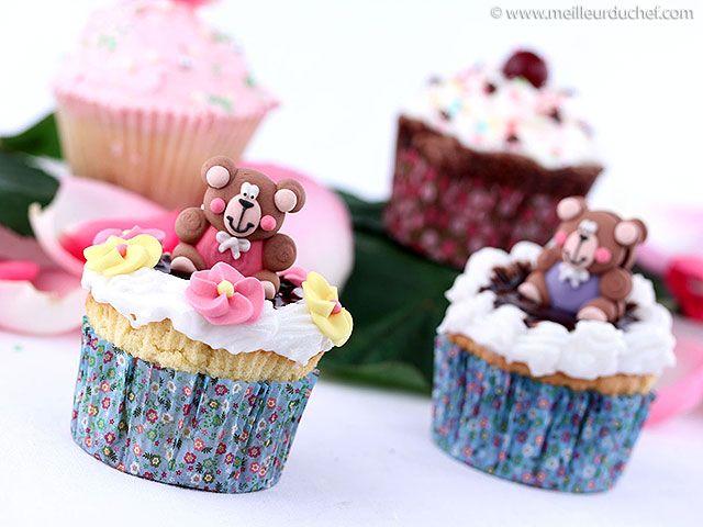 Cupcakes vanille, glaçage au chocolat