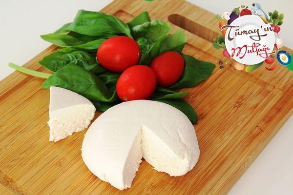 Ricotta (Tatlı Lor) Peyniri | Tümayın Mutfağı - En İyi Yemek Tarifleri Sitesi