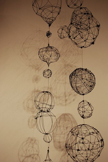 19 best images about wire sculpture project on pinterest for Wire art projects