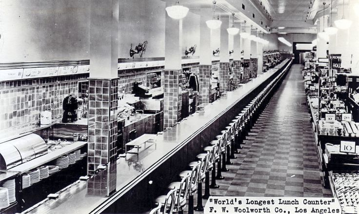 Woolworth's World's Longest Counter, Los Angeles, CA 1937...too bad they dont bring these back