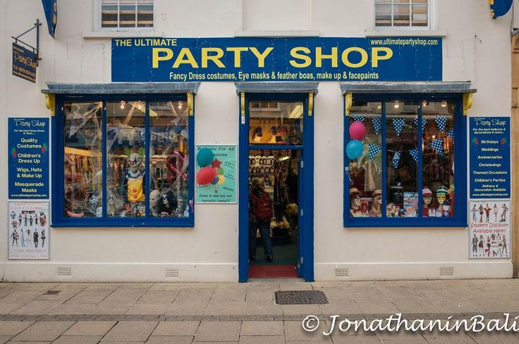 Party Shop Cheltenham Gloucestershire England  For the ebook Walking Tour of Rye the Most Beautiful Town in England - go to http://ift.tt/2whyiaV  #aroundtheworld #worldtraveler #jonathaninbali #www.murnis.com #travelphotography #travel #lonelyplanet #england #travelingram #travels #travelling #traveling #instatravel #photo #photograph #outdoor #travelphoto #exploretocreate #createexplore #exploringtheglobe #theglobewanderer #mytinyatlas #planetdiscovery #roamtheplanet #tribegram #cheltenham…