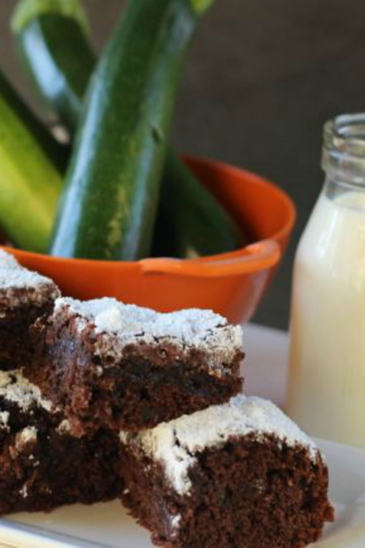 HEALTHY ZUCCHINI BROWNIES = YUM! A perfect sweet treat for kids!