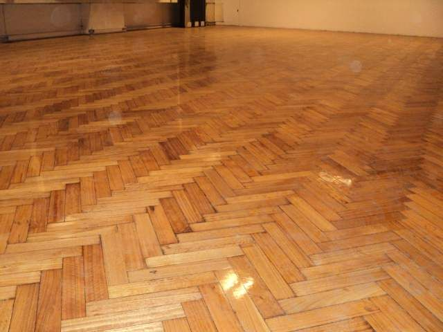 Pulido y plastificado de pisos de madera - http://www.enteratrek.com/pulido-y-plastificado-de-pisos-de-madera/