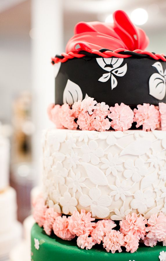 Pretty Couture Cake