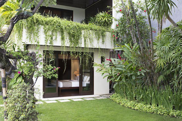http://prestigebalivillas.com/bali_villas/villa_jemma/2/service_facility/ Garden view to downstairs bedroom Villa Jemma
