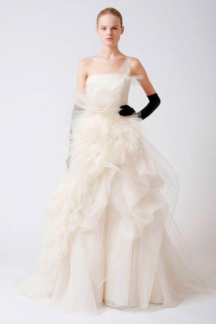 39 best Vera Wang Wedding Dress images on Pinterest | Wedding ...