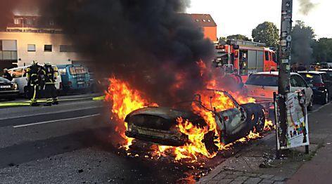 De Maizière: Gewalttäter in Hamburg wie Neonazis und Terroristen