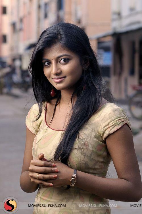 Anandhi (actress)