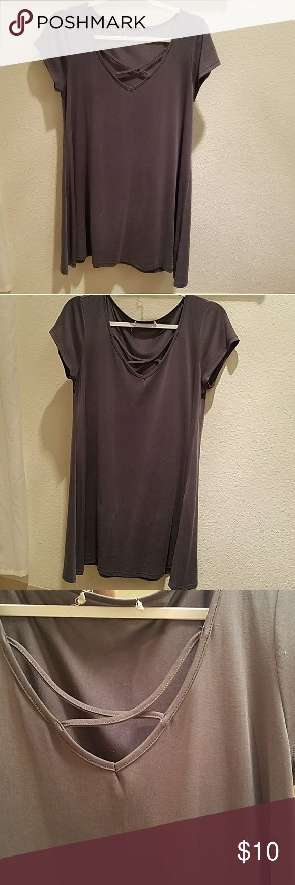 Grey short sleeve short dress/long shirt Grey short dress, hits about mid-thigh. No tag but it is a size small. Criss cross design in v-neck. Super cute and comfortable! Dresses Mini