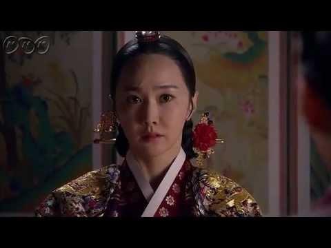 """5分でわかる「太陽を抱く月」~第15回 深まる謎~ 韓国で視聴率46%を記録した超話題作!ベストセラー小説が原作の""""ファンタジー・ロマンス史劇""""。舞台は朝鮮王朝の架空の時代。史実に縛られずロマンスや陰謀をドラマチックに描く! うっかり見逃した、もう一度みたい・・・そんなあなたはこの5分ダイジェスト版をチェック!  第15回「深まる謎」  ついに記憶を取り戻したヨヌは、8年前の謎の解明に動き出す。 やっと謹慎が解けた陽明君(ヤンミョングン)は、ウンの制止も聞かず、ウォルを捜しに活人署(ファリンソ)へ。一方、ヨヌの死に呪術がからんでいると察したフォンは、ノギョンの関与を疑う。 第15回を5分のダイジェスト版でご紹介! NHK BSプレミアム 毎週日曜 午後9時~ (C)2012 MBC  番組HPはこちら「http://www.nhk.or.jp/kaigai/taiyou/」"""