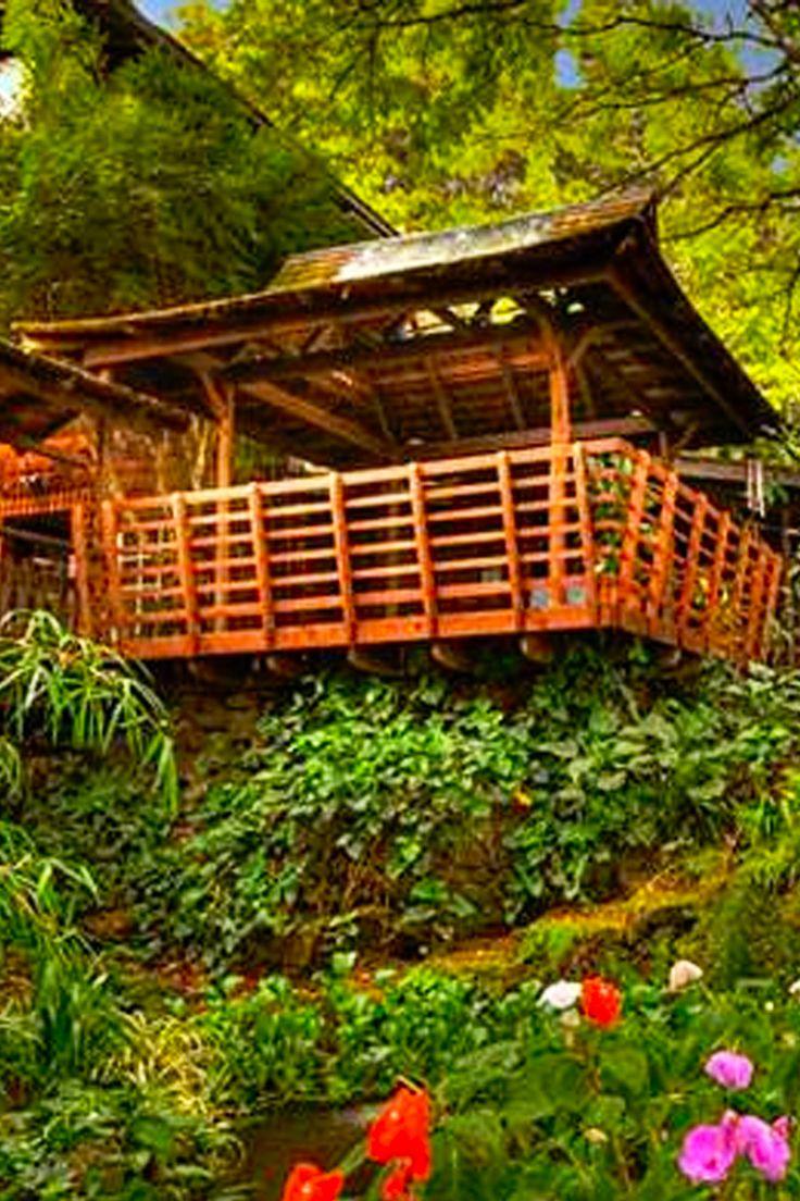 Hawaii | Travel | Destinations | Little Known Inns | Hotels | Beautiful Places | Hidden Gems | Bed And Breakfast | Maui | Wailuku | Waimea | Kauai | Kapaa | Hilo | Lahaina | Lihue | Honolulu | Historic Hotels | Unique Places To Stay | Best Inns | Nature | Attractions | Bucket List