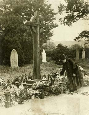 Communal Grave of victims of Chilwell explosion, St Mary's Church, Attenborough, c 1970s