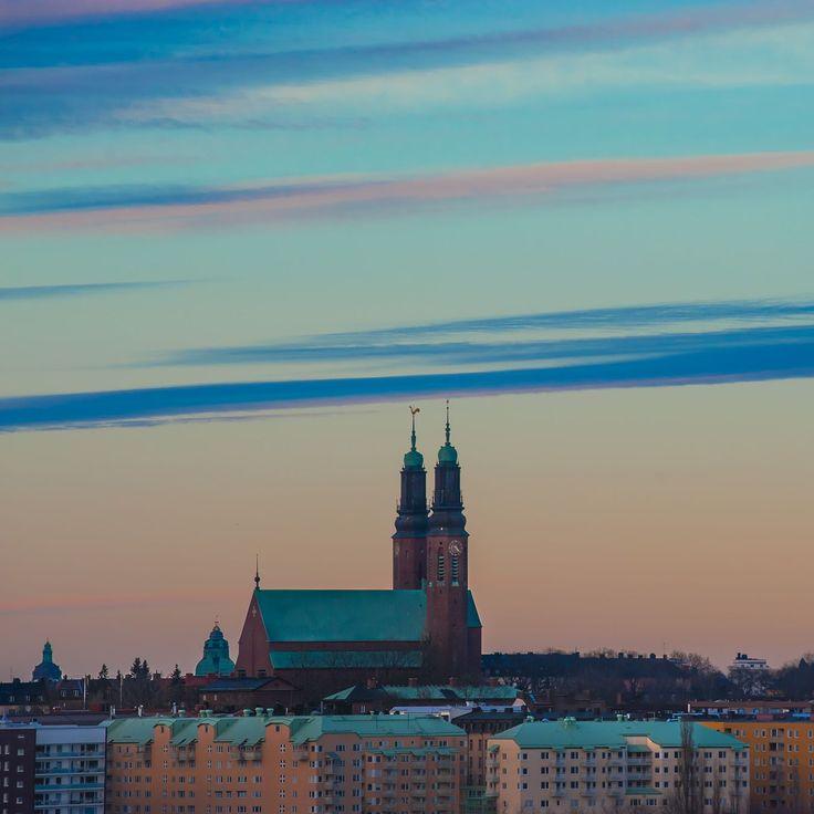 Ok denna kunde jag inte motstå. Högslidskyrkan - igen #stockholm #högalidskyrkan #hornstull #södermalm #capitalofscandinavia #ig_sweden #lovesweden