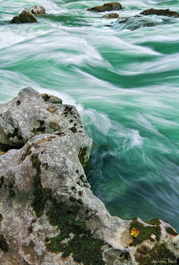 """Wild Water - The """"Enns"""" Admont, Austria"""