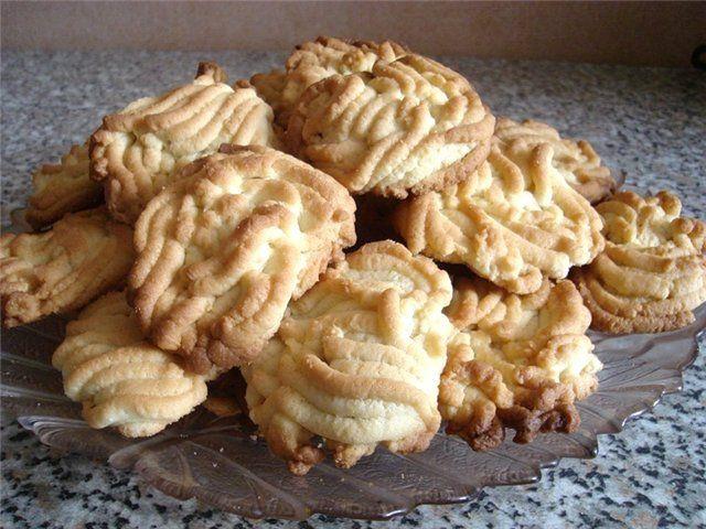 Выпечка печенья пироги