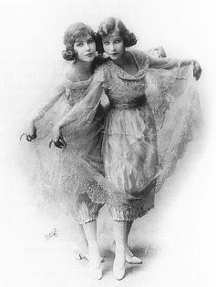 Paparazzi Madeline and Marion Fairbanks  nude (49 photo), Twitter, lingerie