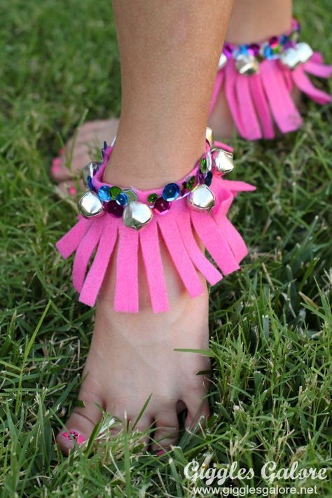 Fringe Musical Anklet from MichaelsMakers Giggles Galore