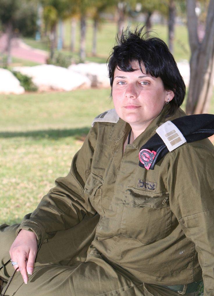 Военный врач капитан Марина Каминская во время войны в Ливане в июле 2006 года была начальником медслужбы танкового батальона.