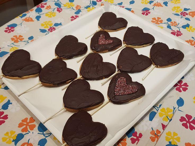 biscotti cuori su stecco