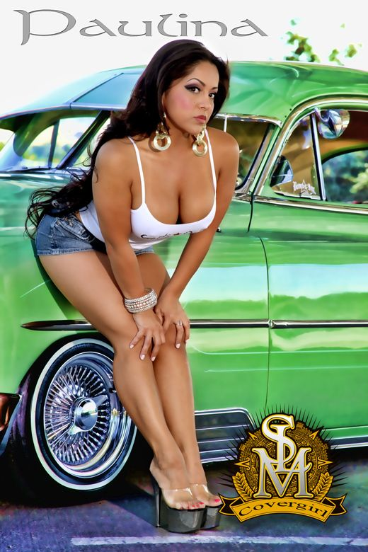 Latina flashing tits at lowriders