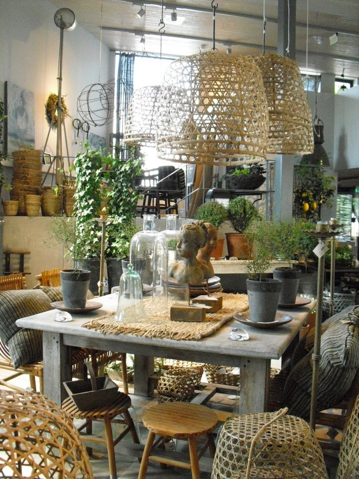#Garden essentials + #decorative accessories. In-store display Zetas Trädgård