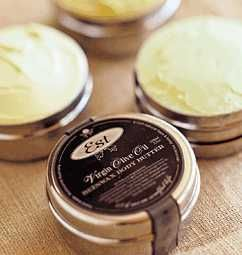 Body Butter A thick & rich natural moisturiser with a silky texture, rich in anti-oxidants and skin healing organic & cold pressed oils. An excellent head to toe moisturiser particularly suitable for sensitive and irritated skin types. Use sparingly when required.  #Natural #handmade #bodybutter #moisturiser #Melbourne #Australia #Estaustralia Est Australia   http://www.estaustralia.com