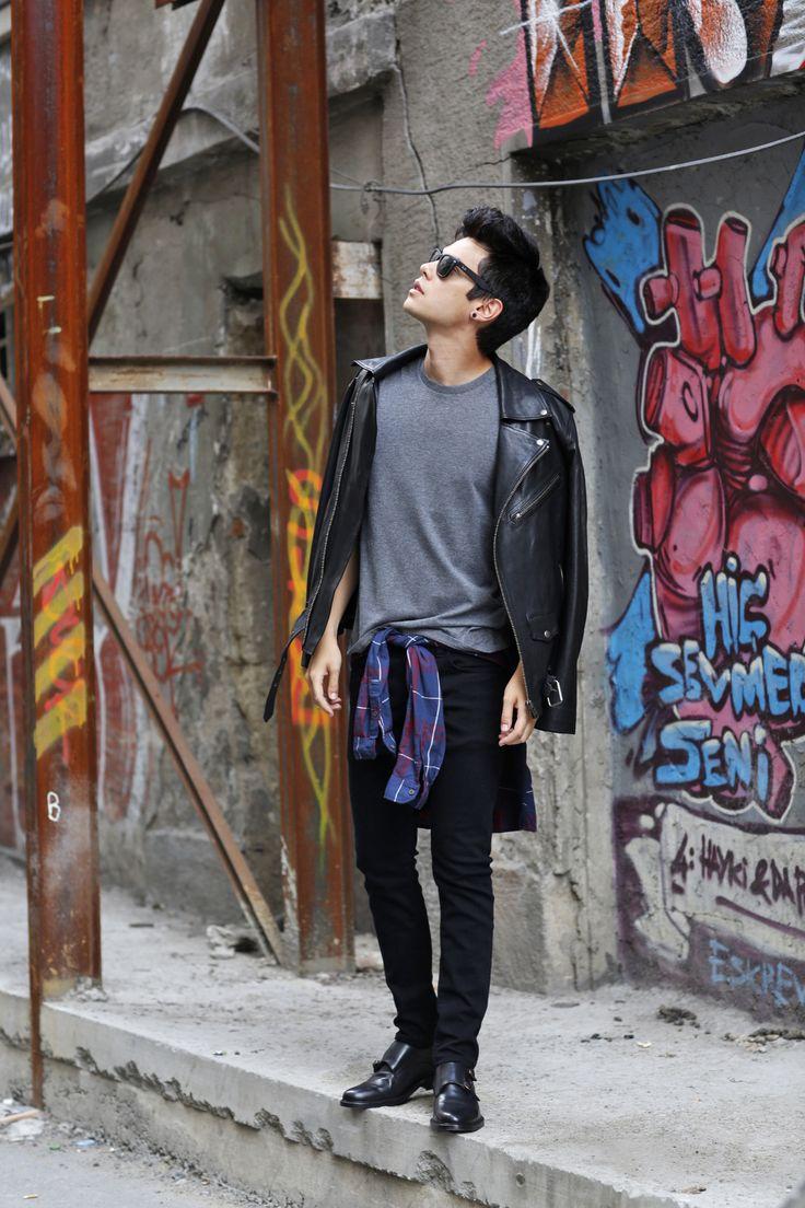 Vini Uehara for www.guidomaggi.com/us Hand Made Elevator Shoes in Italy.