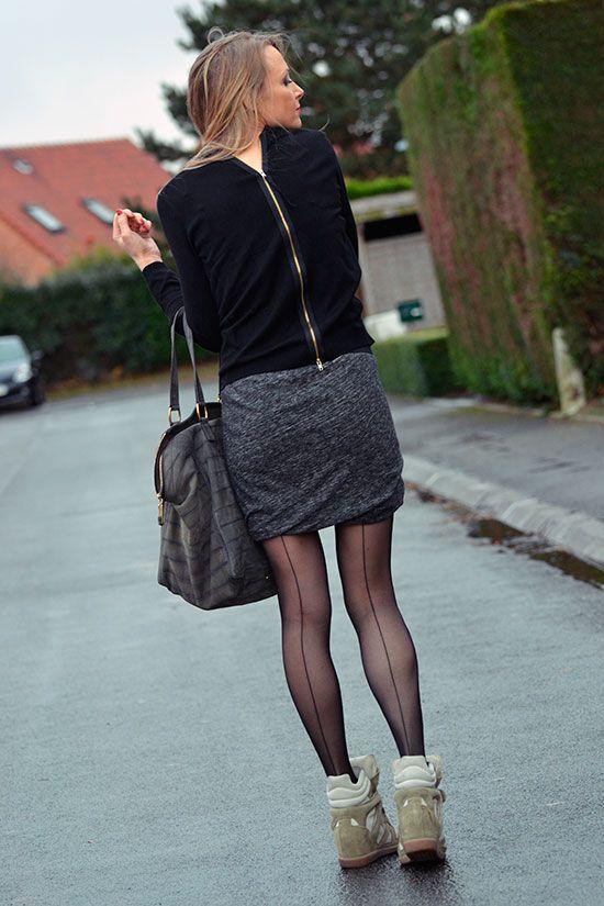 jupe drapée Zara - pull Zara - baskets Isabel Marant - sac Yves Saint Laurent à découvrir sur le blog http://www.modenmarie.com !