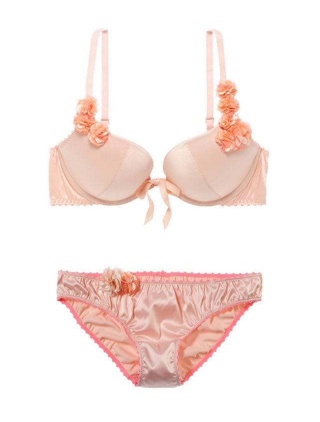 Editors' picks for Valentine's Day: aerie lingerie set ...