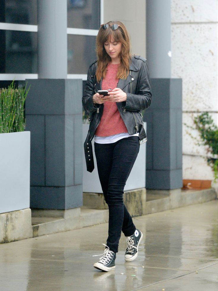Dakota Johnson Leather Jacket fashion street style #DakotaJohnson #celeb