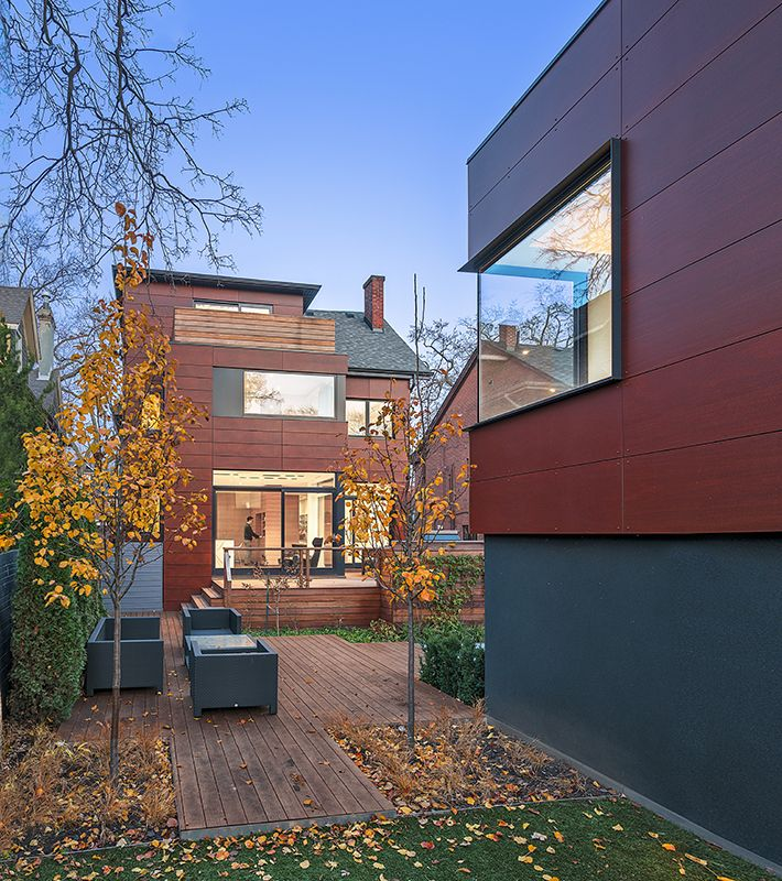 Wooden Volume Creatively Defines Layout in Toronto Home - http://freshome.com/wooden-volume-toronto-home/