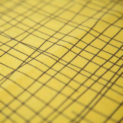 Risuaita-luomujersey, aurinko / Criss cross organic single jersey in sun yellow / Käpynen