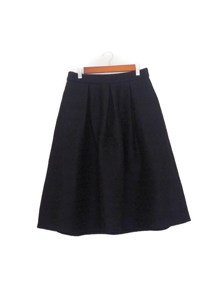 Falda midi vuelo negra, brocado, Otoño Invierno, Blanco Midi skirt, black, Autumn Winter, texture