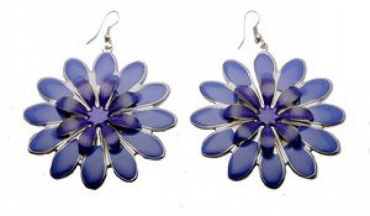 bijuterii cercei http://bijuterii.fashion69.ro/cercei-mov/p67054