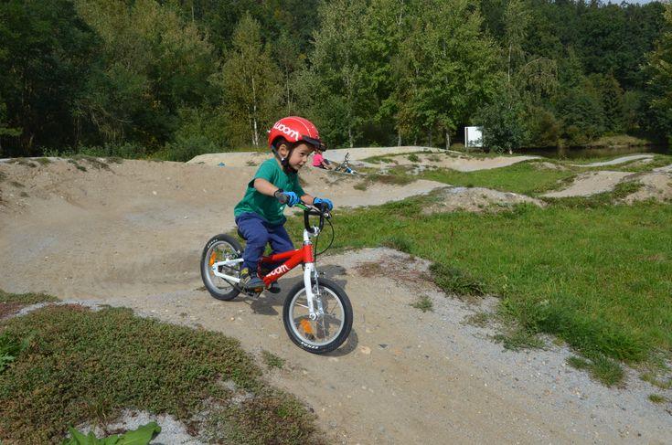 #woom #woombikes #red #helmet #trail #boy #THANKYOU