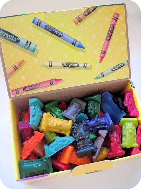 DIY molded crayons
