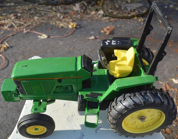 JOHN DEERE 6200 ROW CROP TRACTOR ERTL-USED-FREE USA SHIPPING #Ertl #JohnDeere