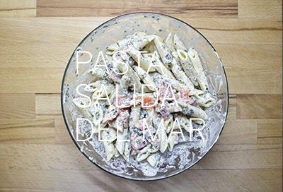 PASTA SALIDA DEL MAR. Pasta con salmón y algas. Sigue la receta en la web http://nomastuppersdemama.com