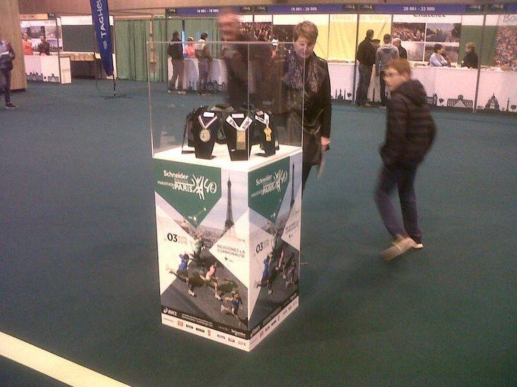 Customized Display Marathon Paris