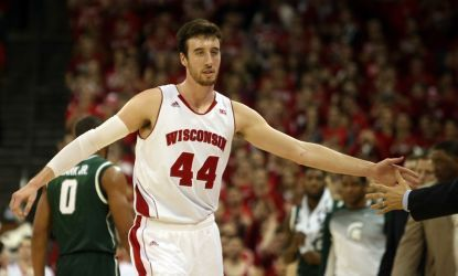 Frank Kaminsky wins Naismith College Player of the Year award